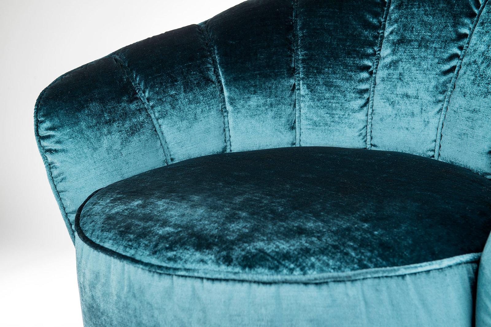 Rivestimenti per divani e poltrone pro e contro di tessuto